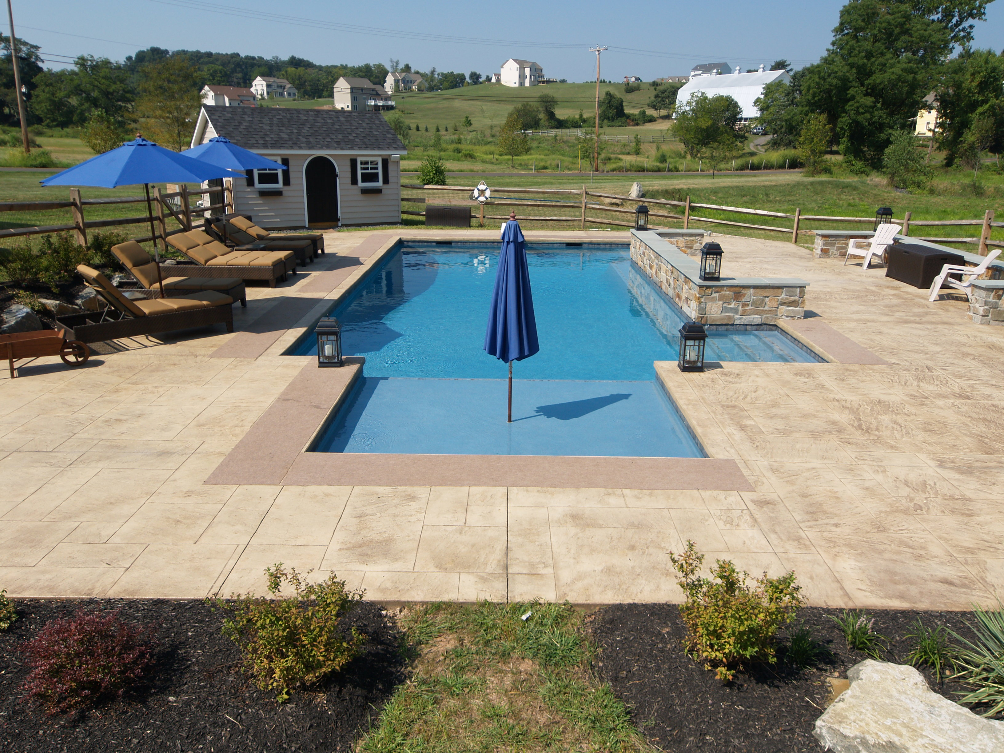 Gunite pools pool builders swimming pool design for Gunite pool design ideas