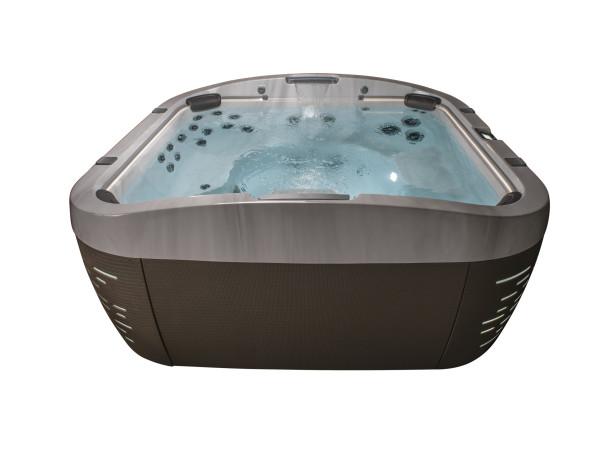 Jacuzzi Hot Tub J500