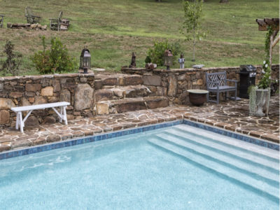 Custom steps into rectangular pool