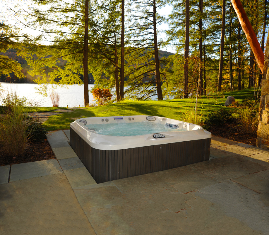 How to Choose the Right Spa or Hot Tub | Fronheiser Pools