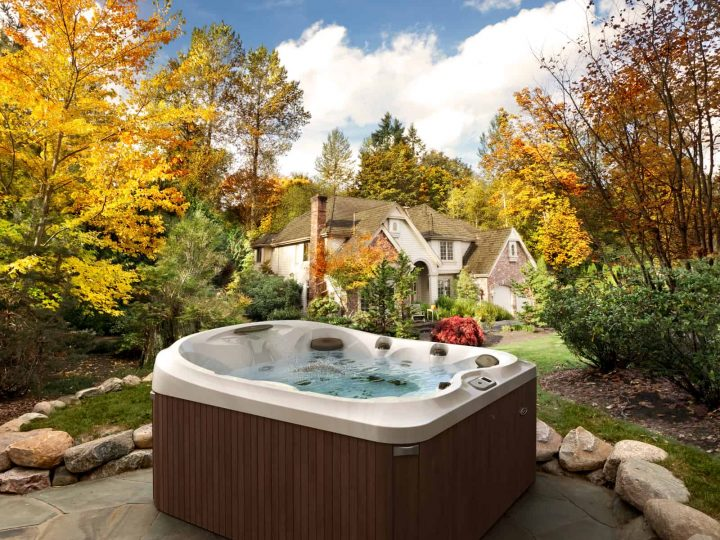 What size hot tub should I buy?